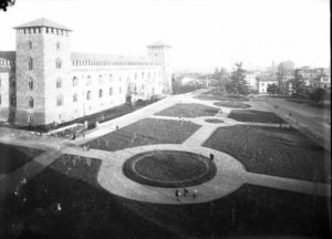 Pavia Piazza Castello